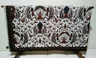 Desain batik tradisional Batikdlidir