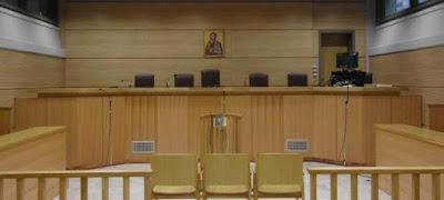 Δικηγόροι: Ο «κόφτης» αλλοιώνει προκλητικά το πολίτευμα -Προσβολή της εθνικής κυριαρχίας το υπέρ-ταμειο.
