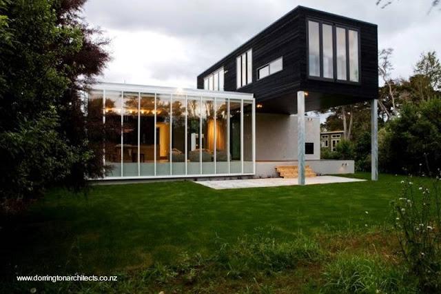 Casa contemporánea con amplias aberturas en Nueva Zelanda
