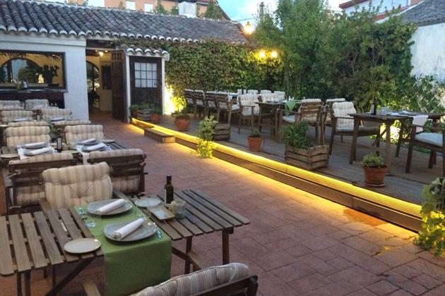 Terraza restaurante casa elena