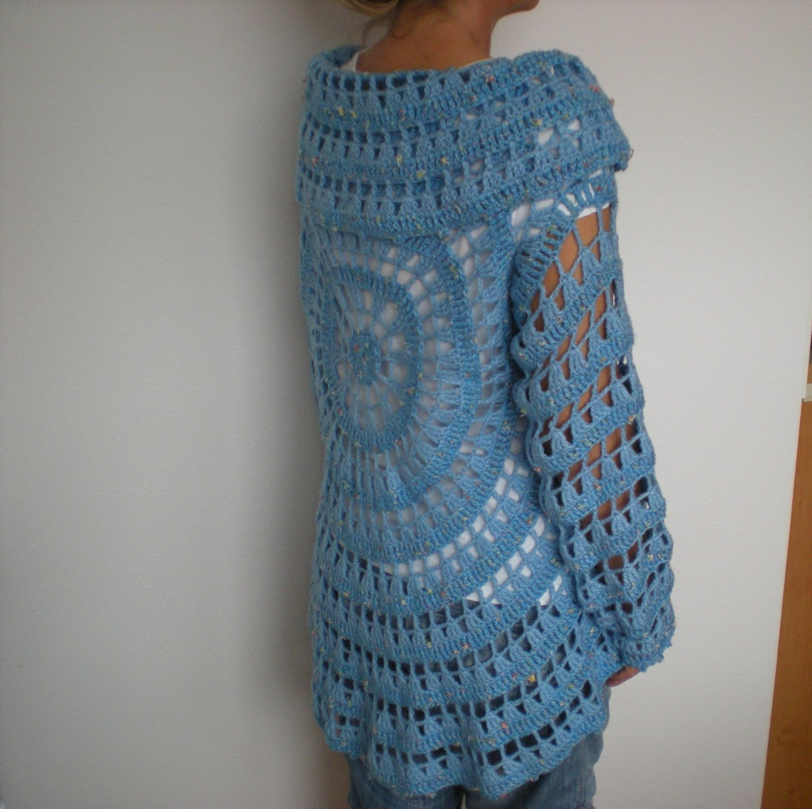 Emmhouse another circular cardigan free crochet pattern all three cardigans are made to order but i have a serious plan to make one for myself as well one day i do have the material already bankloansurffo Image collections
