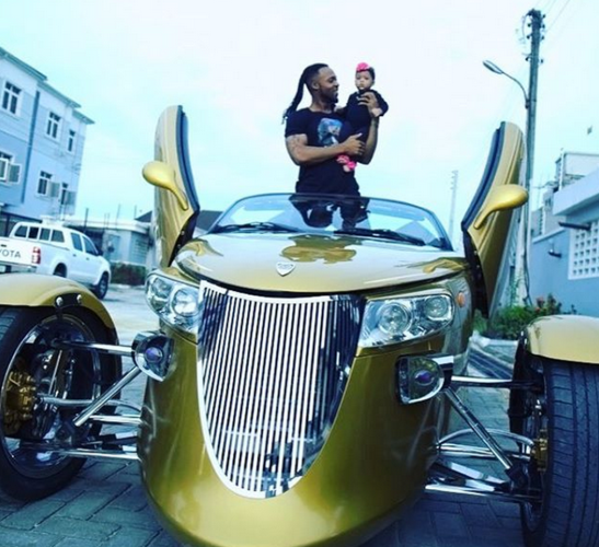 Flavour and Daughter in a weird car