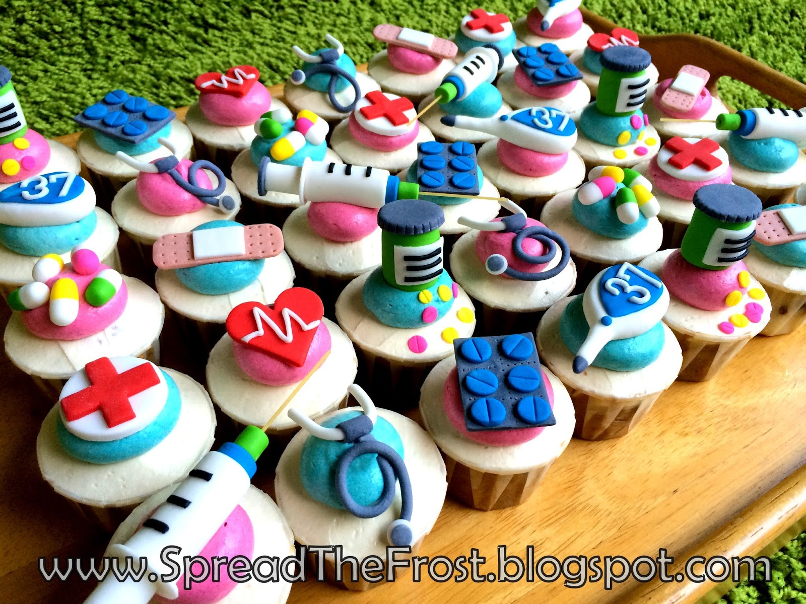 http://spreadthefrost.blogspot.com/2015/02/doctor-cupcakes.html