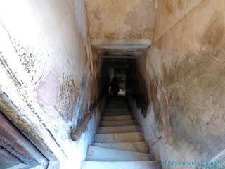 Pasillos y escaleras en el fuerte Amber