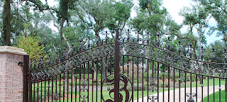 gate repair valley village