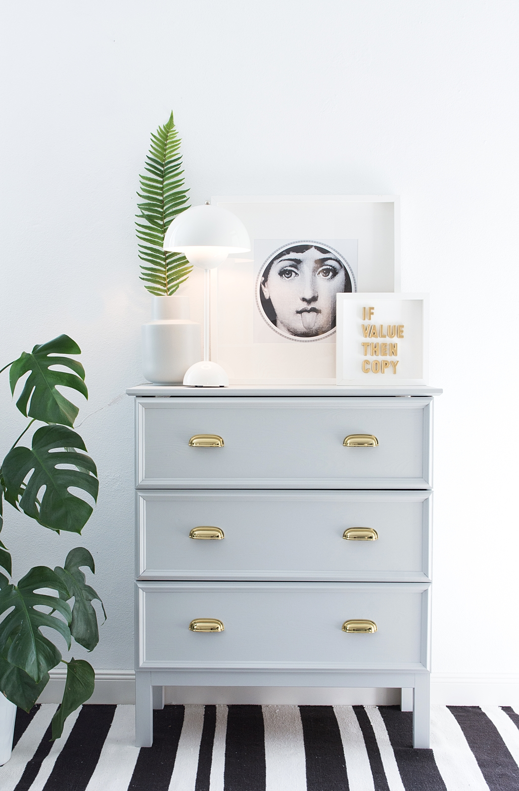 werbung aus alt mach neu m bel streichen mit adler. Black Bedroom Furniture Sets. Home Design Ideas