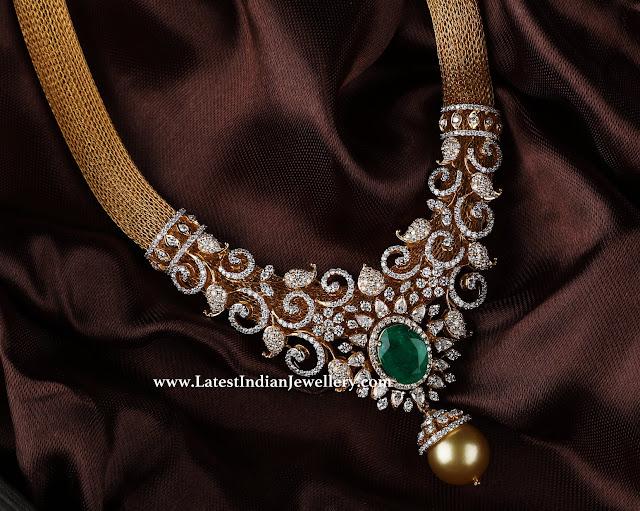 Diamond Pendant Stylish Mesh Necklace