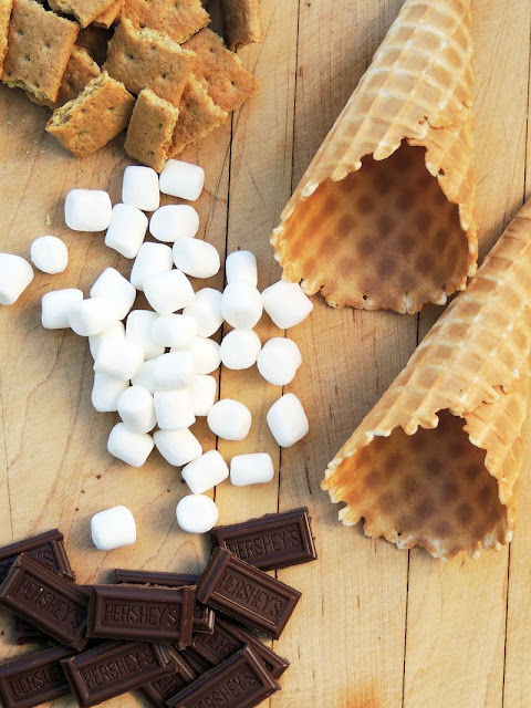 Campfire Cone S'mores from www.bobbiskozykitchen.com