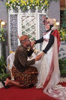 Suamiku Muallaf