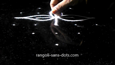 simple-muggulu-with-dots-1b.jpg