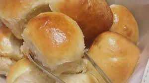 طريقة عمل خبز الحليب الهش