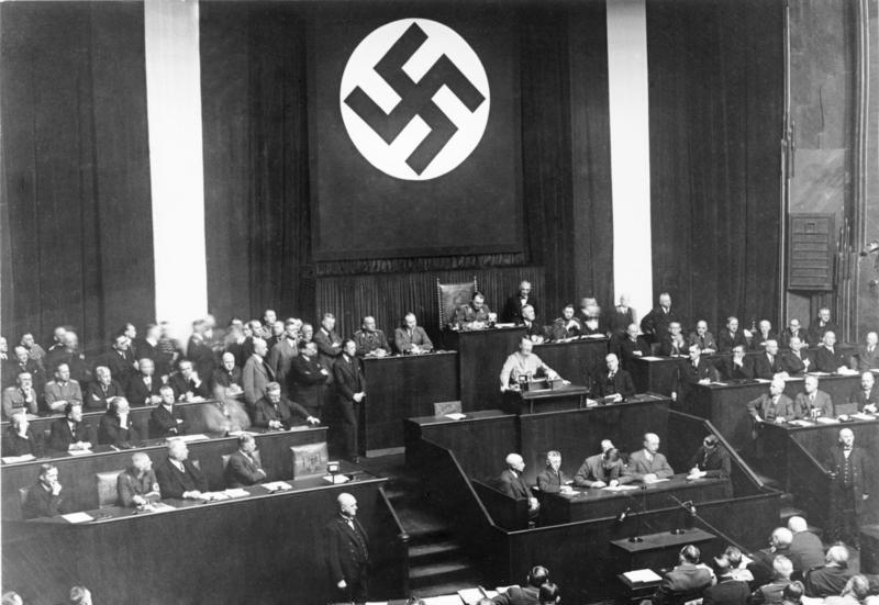 Διάσημοι άνθρωποι που επωφελήθηκαν από τη Ναζιστική Γερμανία