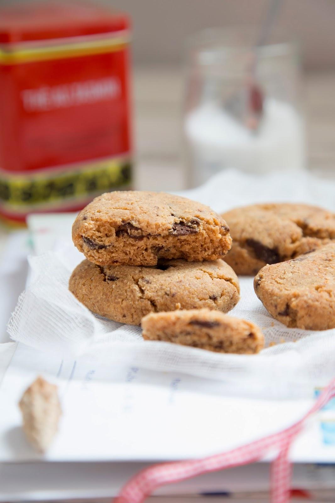 Galletas de cacahuete sin gluten de chocolate y cacahuete