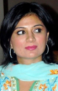 Sonia Kapoor tv actress, and himesh reshammiya, biography, age, himesh, actress, himesh and, husband, photos, wiki, biography