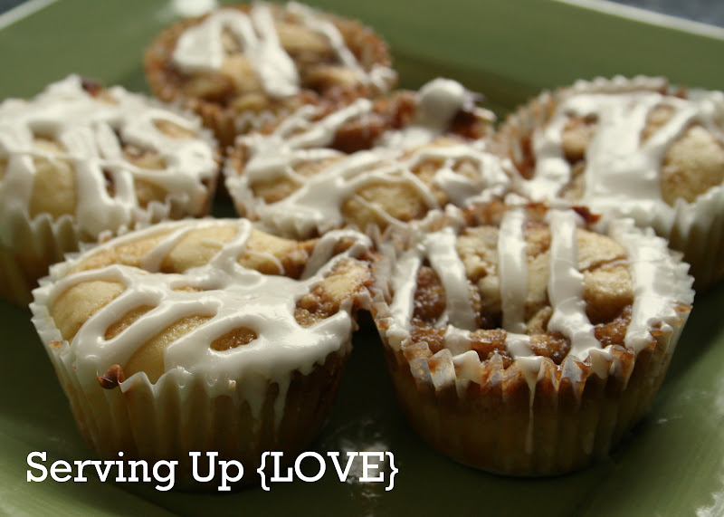 Katherine's Kitchen: Serving Up {Muffins}: Cinnamon Roll ...