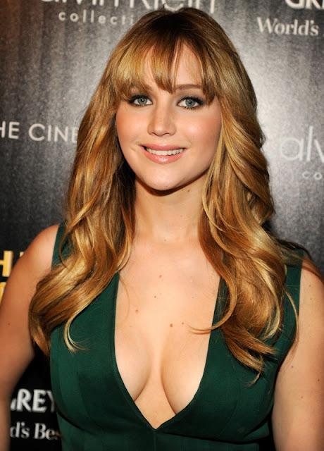 Slurlebrities Jennifer Lawrence Green Dress-7056
