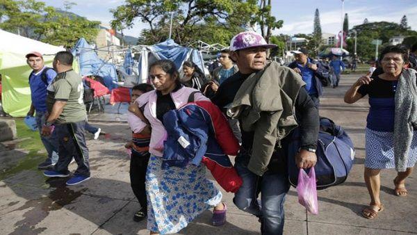 Caravana de migrantes salvadoreños llega a México