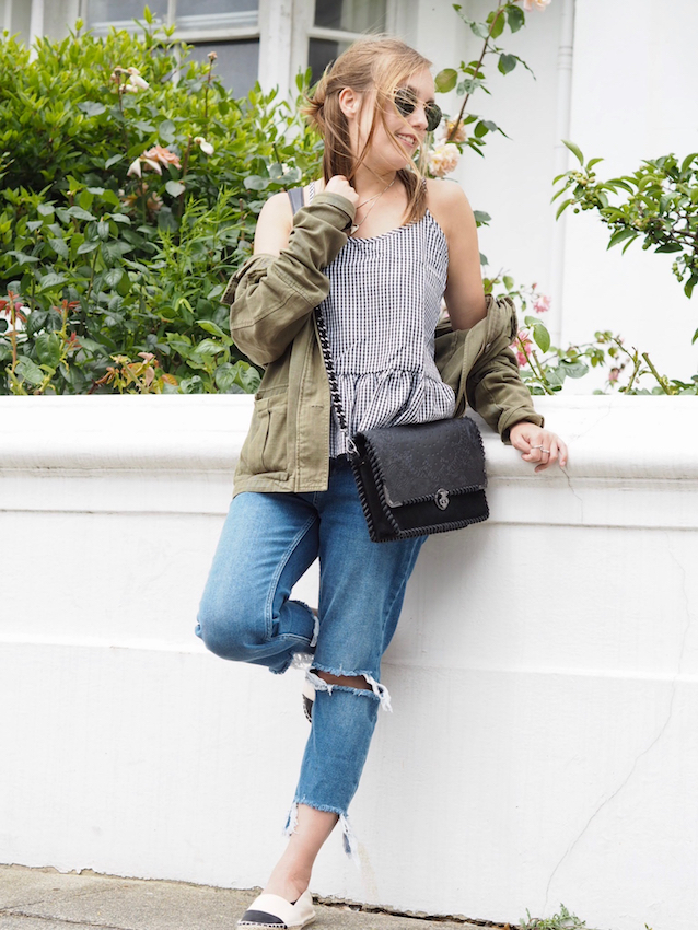 gingham top, peplum top, shein top, khaki top, street style, frayed hem jeans