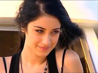 صور  ممنوع الحب ، صور الممثلة التركية Nihal 2017 ، وأفضل صورة Nihal