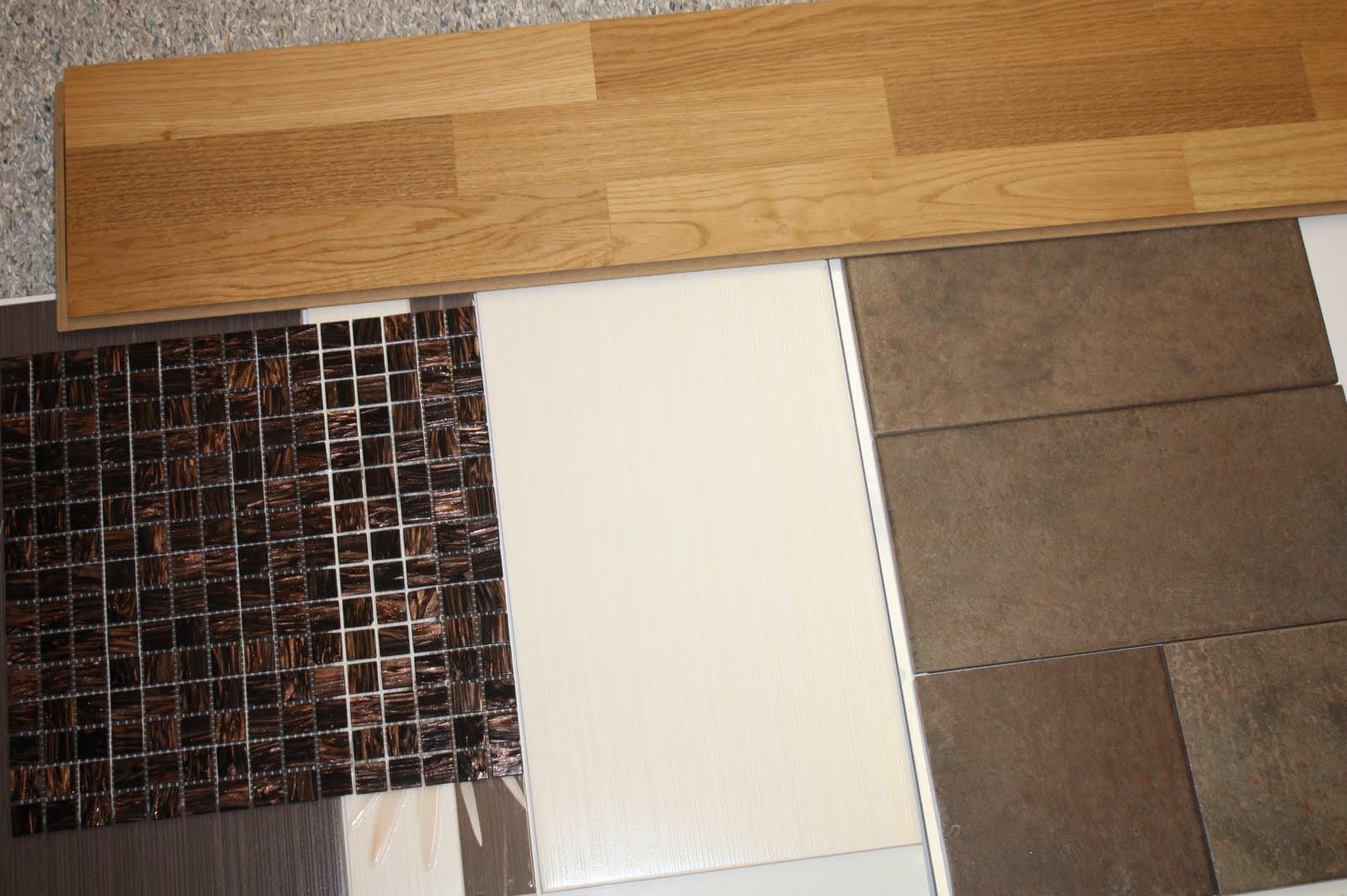 5adf54aa06b Just nu lutar det åt ett mörkare golv, vita, matta plattor på väggen och ev  mosaiken i hela duschdelen. Möblerna i ek! Det kan nog bli ...