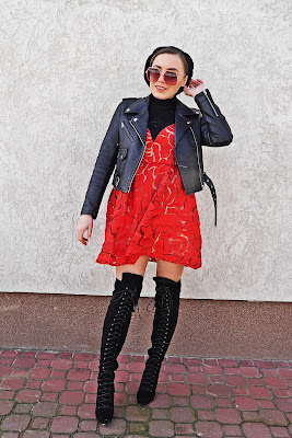 red dress roses biker jacket leather karyn blog modowy