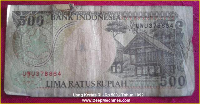 Gambar Mata Uang Kertas RI Rp 500,- Tahun 1992 bergambar Rumah Adat Dayak Kalimantan Timur