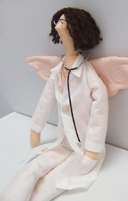 Anielska lekarka uszyta na zamówienie - Krysia to uszyła - tilda