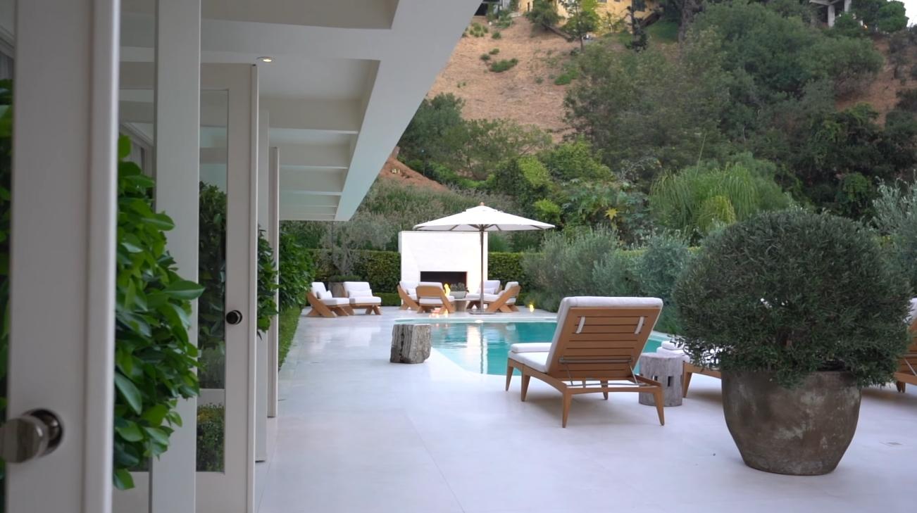 21 Photos vs. 1680 Rising Glen Rd, Los Angeles vs. Luxury Home Interior Design Tour