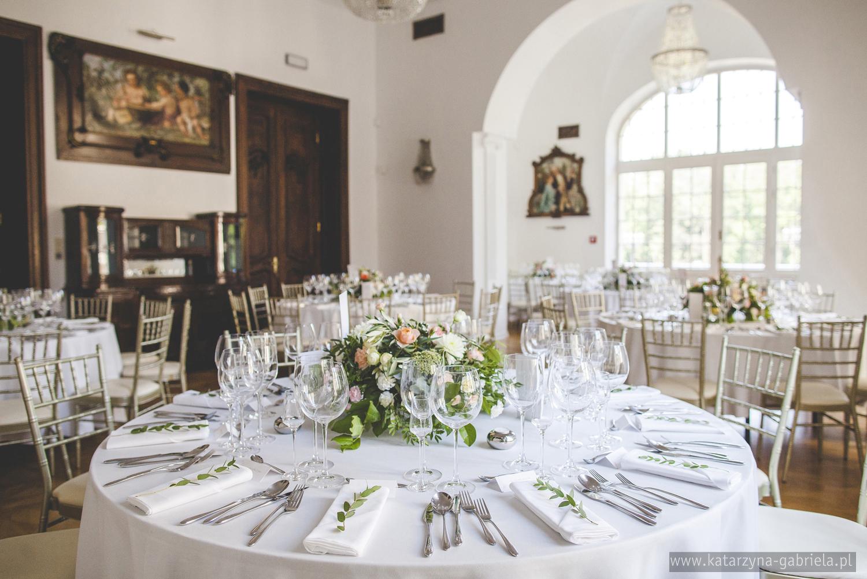 Dekoracje sali, kwiaty na wesele