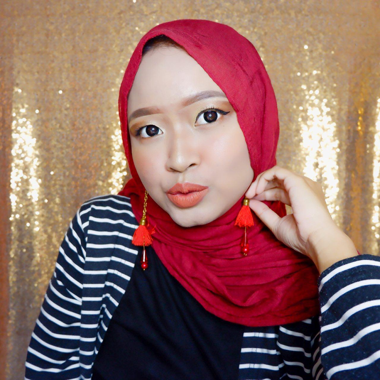 REVIEW NAAVAGREEN MAKE UP SERIES