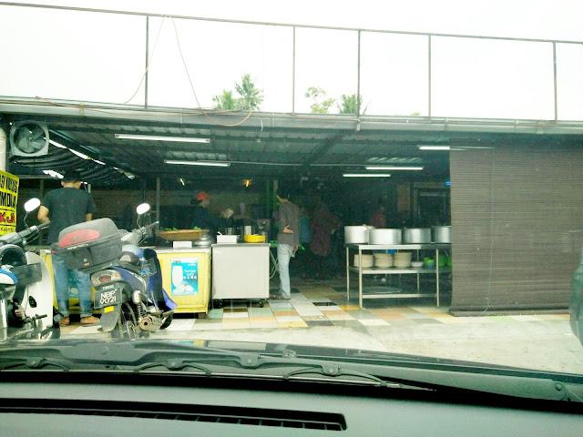 Kedai masak lemak cili padi sedap dan murah di Nilai