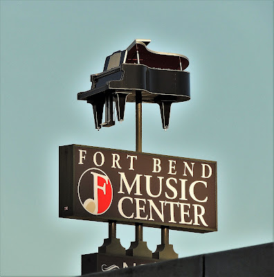 FORT BEND MUSIC CENTER SIGN