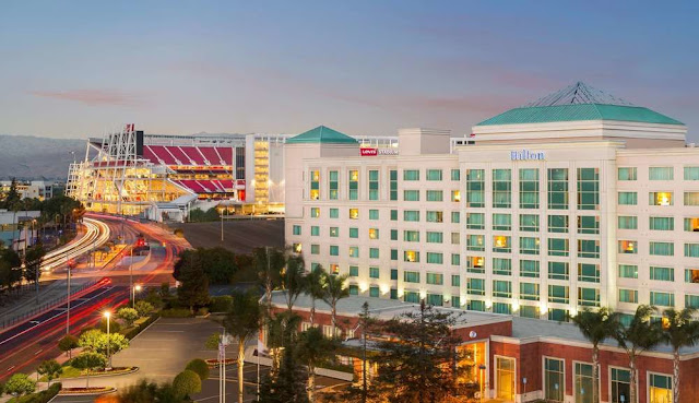 The HIlton Santa Clara is located adjacent to Great America Theme Park, Levi's stadium home of the 49ers and Santa Clara Convention Center.