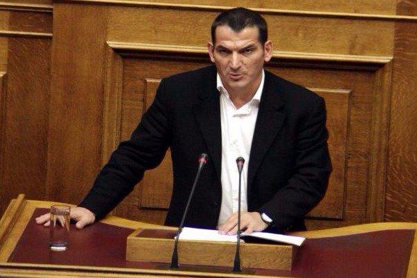 Πύρρος Δήμας: Ο ΣΥΡΙΖΑ με έδιωξε από την Ελλάδα