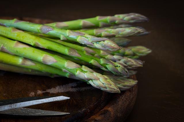 Recuerda utilizar espárragos frescos o del mercado de vegetales