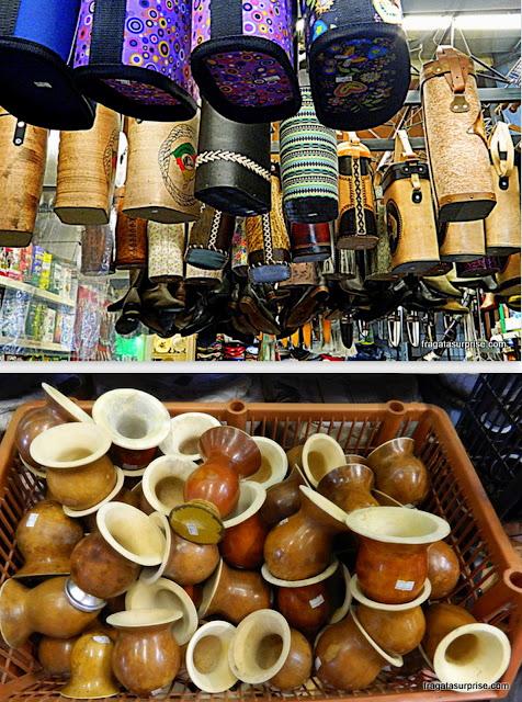 Apetrechos para chimarrão no Mercado Público de Porto Alegre