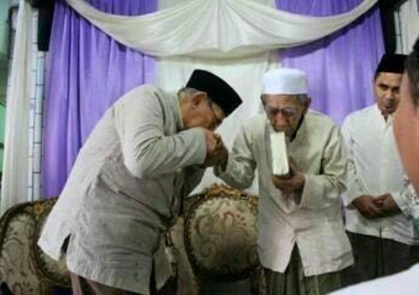 Kenapa Quraish Shihab Enggan Dipanggil Habib dan Kiai?