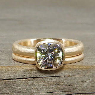 handmade moissanite rings