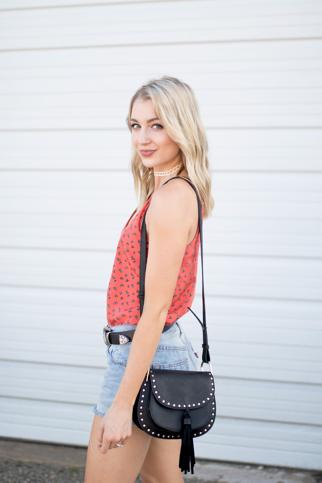 Orange tank, choker, tassel bag