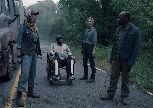 Morgan, June, Wendell y Sarah, en el episodio 4x13 Blackjack de Fear The WalkingDead