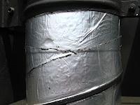 煙突に防水テープ