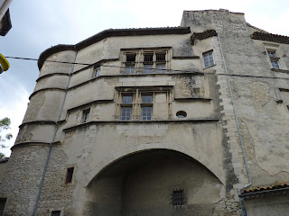 Exterior del Palais des Évêques de Bourg St Andéol.