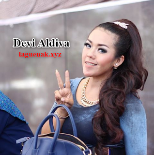 Download Lagu Terbaru 2017 Dangdut Koplo Devi Aldiva Mp3 Full Album Terlaris