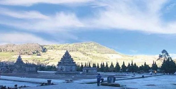 Pengaruh Gunung dan Pegunungan, Pengaruh Bukit cdan Perbukitan, Pengaruh Dataran Tinggi