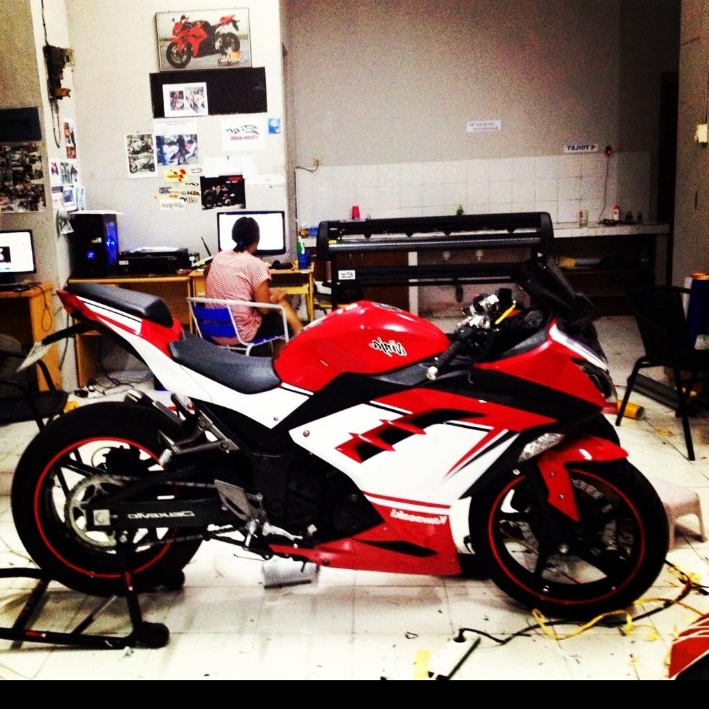 Kumpulan Gambar Modifikasi Motor Ninja 250fi Merah Modifikasi Motor