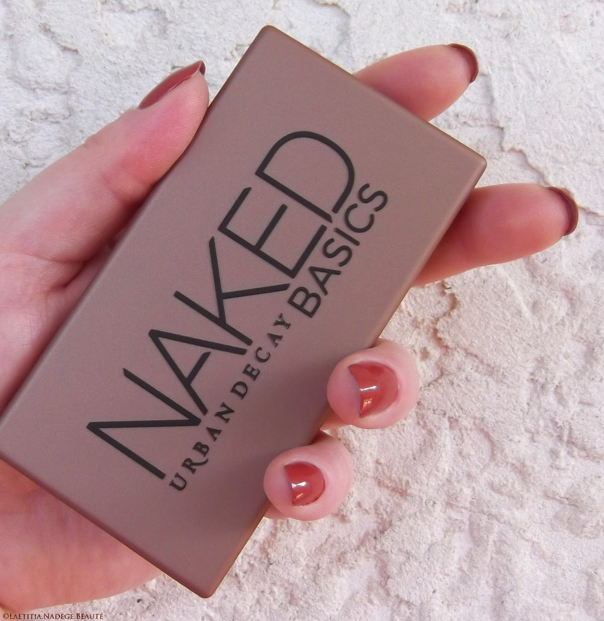 URBAN DECAY  Naked Basics Eyeshadows Palette