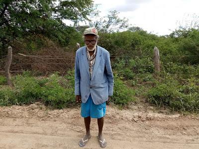 Seu Bernaber, morador de Delmiro Gouveia completa 103 anos de idade