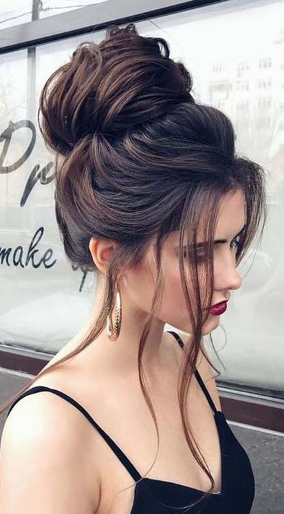 Easy and Pretty Top Knot Hairstyles #Hairstyles