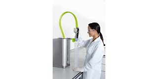 laboratory water purification unit with dispensing user