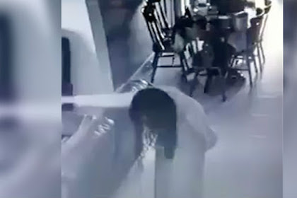 Video Menyeramkan, Wanita Dirasuki Roh 'Nenek Bungkuk'